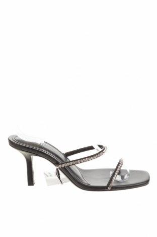 Чехли Zara, Размер 37, Цвят Черен, Еко кожа, Цена 29,37лв.