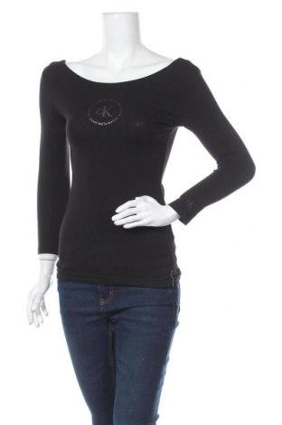 Дамска блуза Calvin Klein, Размер S, Цвят Черен, 95% памук, 5% еластан, Цена 57,67лв.