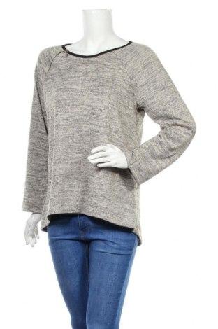 Дамска блуза Creme Fraiche, Размер M, Цвят Сив, 65% полиестер, 35% вискоза, Цена 14,28лв.
