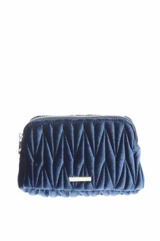 Дамска чанта Urban Outfitters, Цвят Син, Текстил, Цена 36,75лв.