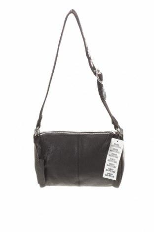 Дамска чанта Urban Outfitters, Цвят Черен, Естествена кожа, Цена 59,25лв.