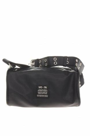 Дамска чанта Urban Outfitters, Цвят Черен, Текстил, Цена 51,75лв.