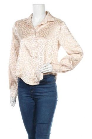 Дамска риза SHEIN, Размер L, Цвят Бежов, 90% полиестер, 10% еластан, Цена 12,50лв.