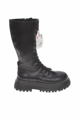 Γυναικείες μπότες Zara, Μέγεθος 39, Χρώμα Μαύρο, Γνήσιο δέρμα, Τιμή 30,77€
