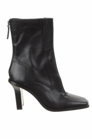 Дамски боти Zara, Размер 40, Цвят Черен, Естествена кожа, Цена 27,04лв.