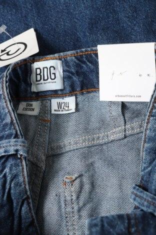 Дамски дънки BDG, Размер XS, Цвят Син, 55% памук, 45% лиосел, Цена 41,30лв.