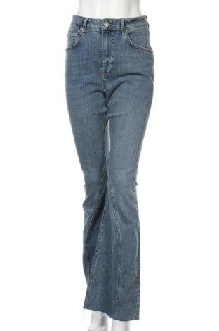 Dámské džíny  BDG, Velikost M, Barva Modrá, 99% bavlna, 1% elastan, Cena  1478,00Kč