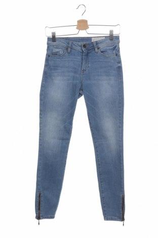 Дамски дънки Esprit, Размер XS, Цвят Син, 90% памук, 8% полиестер, 2% еластан, Цена 27,30лв.