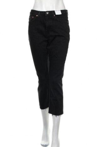 Дамски дънки Topshop, Размер M, Цвят Черен, 99% памук, 1% еластан, Цена 20,47лв.