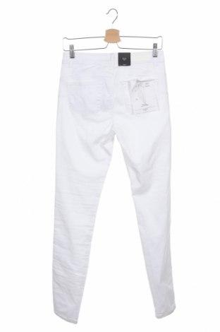 Дамски дънки Vero Moda, Размер M, Цвят Бял, 66% памук, 32% полиестер, 2% еластан, Цена 13,41лв.