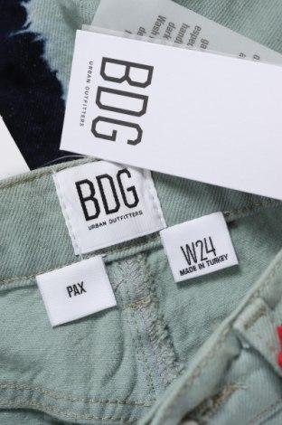 Дамски къс панталон BDG, Размер XXS, Цвят Зелен, Памук, Цена 13,68лв.