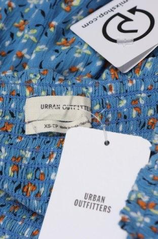 Дамски къс панталон Urban Outfitters, Размер XS, Цвят Син, Вискоза, Цена 4,44лв.