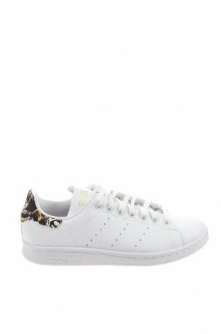 Дамски обувки Adidas Originals, Размер 38, Цвят Бял, Еко кожа, Цена 130,67лв.