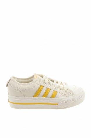 Дамски обувки Adidas Originals, Размер 38, Цвят Бял, Еко кожа, Цена 123,37лв.
