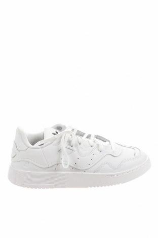 Дамски обувки Adidas Originals, Размер 36, Цвят Бял, Естествена кожа, Цена 137,97лв.