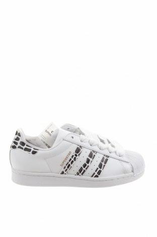 Дамски обувки Adidas Originals, Размер 38, Цвят Бял, Естествена кожа, еко кожа, Цена 130,67лв.