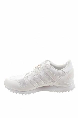 Дамски обувки Adidas Originals, Размер 38, Цвят Бял, Текстил, Цена 126,75лв.