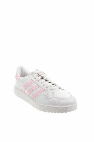 Дамски обувки Adidas Originals, Размер 39, Цвят Бял, Естествена кожа, Цена 141,75лв.