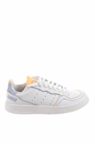 Дамски обувки Adidas Originals, Размер 39, Цвят Бял, Естествена кожа, Цена 137,97лв.