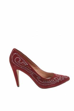 Дамски обувки Aldo, Размер 38, Цвят Червен, Естествен велур, Цена 74,34лв.