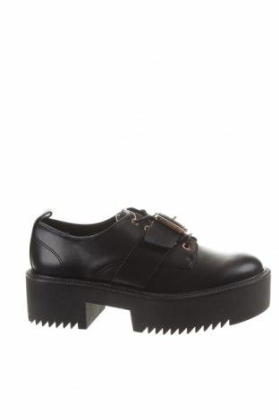 Дамски обувки Stradivarius, Размер 38, Цвят Черен, Еко кожа, Цена 69,00лв.
