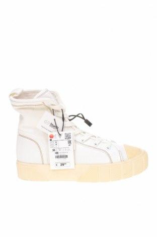 Дамски обувки Zara, Размер 36, Цвят Бял, Текстил, Цена 24,19лв.