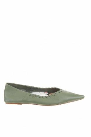 Дамски обувки Zara, Размер 39, Цвят Зелен, Естествена кожа, Цена 29,75лв.