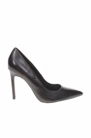 Дамски обувки Zara, Размер 39, Цвят Черен, Естествена кожа, Цена 29,75лв.
