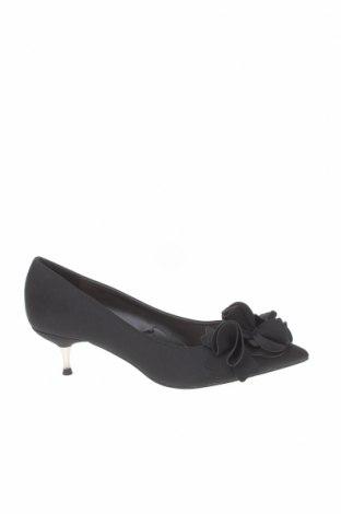 Дамски обувки Zara, Размер 37, Цвят Черен, Текстил, Цена 31,15лв.