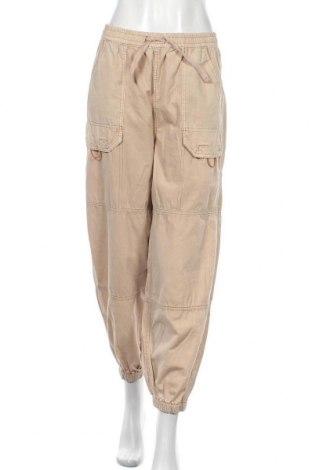 Γυναικείο παντελόνι BDG, Μέγεθος M, Χρώμα  Μπέζ, Βαμβάκι, Τιμή 32,48€