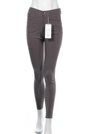 Дамски панталон Cream, Размер S, Цвят Сив, 77% вискоза, 20% полиамид, 3% еластан, Цена 36,49лв.