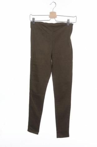 Дамски панталон H&M Divided, Размер S, Цвят Зелен, 64% памук, 33% полиестер, 2% еластан, Цена 4,94лв.