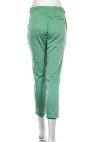 Дамски панталон Soaked In Luxury, Размер M, Цвят Зелен, 97% памук, 3% еластан, Цена 51,00лв.