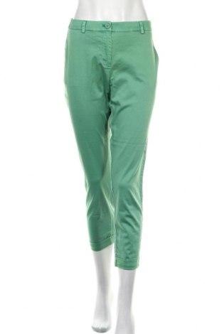 Дамски панталон Soaked In Luxury, Размер M, Цвят Зелен, 97% памук, 3% еластан, Цена 43,45лв.
