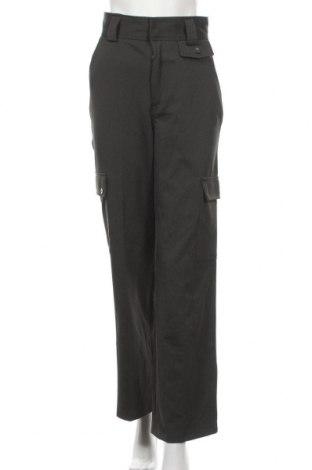 Дамски панталон Urban Outfitters, Размер S, Цвят Зелен, 75% полиестер, 19% вискоза, 6% еластан, Цена 51,00лв.