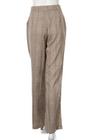 Дамски панталон Urban Outfitters, Размер S, Цвят Бежов, 67% полиестер, 33% вискоза, Цена 23,14лв.