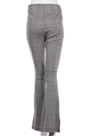 Дамски панталон Urban Outfitters, Размер M, Цвят Бял, 71% вискоза, 15% полиестер, 10% полиамид, 4% еластан, Цена 63,00лв.