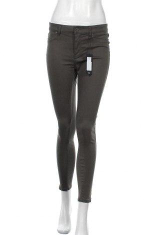 Дамски панталон Vero Moda, Размер M, Цвят Зелен, Цена 40,50лв.