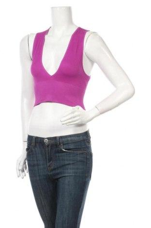 Tricou de damă Urban Outfitters, Mărime S, Culoare Mov, 94% poliamidă, 6% elastan, Preț 33,39 Lei