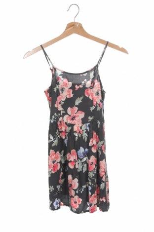 Детска рокля H&M, Размер 8-9y/ 134-140 см, Цвят Сив, Вискоза, Цена 21,75лв.