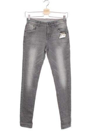 Dětské džíny  C&A, Velikost 11-12y/ 152-158 cm, Barva Šedá, 82% bavlna, 15% polyester, 3% elastan, Cena  515,00Kč