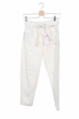 Детски дънки Staccato, Размер 11-12y/ 152-158 см, Цвят Бял, Памук, Цена 31,32лв.