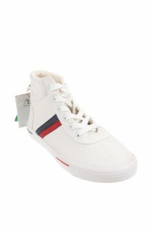 Детски обувки Zara, Размер 32, Цвят Бял, Еко кожа, Цена 28,62лв.
