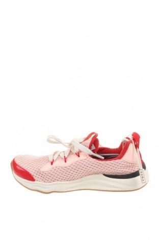 Детски обувки Zara, Размер 33, Цвят Розов, Текстил, Цена 31,00лв.