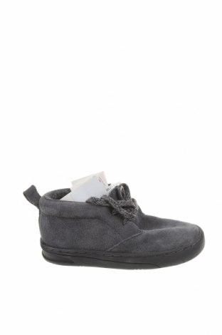 Детски обувки Zara, Размер 23, Цвят Сив, Естествен велур, Цена 27,65лв.