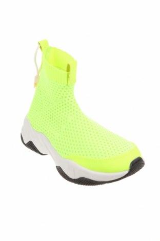 Детски обувки Zara, Размер 32, Цвят Зелен, Текстил, Цена 46,50лв.