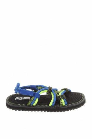 Детски сандали Zara, Размер 32, Цвят Многоцветен, Текстил, Цена 26,52лв.