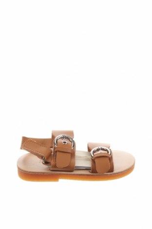 Детски сандали Zara, Размер 20, Цвят Кафяв, Еко кожа, Цена 9,80лв.