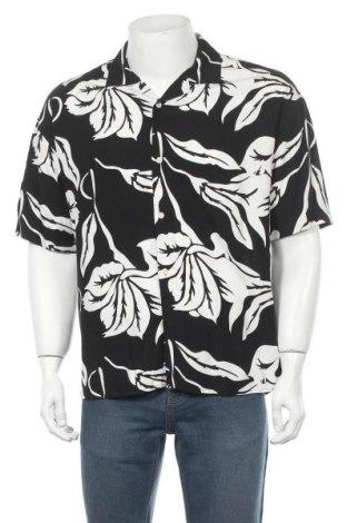 Мъжка риза, Размер S, Цвят Черен, Вискоза, Цена 36,00лв.
