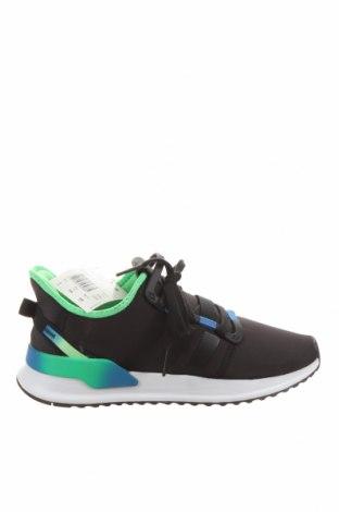 Мъжки обувки Adidas Originals, Размер 41, Цвят Черен, Текстил, Цена 116,07лв.